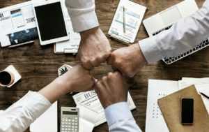 avantages d une agence de communication a marseille 300x189 - Agence de community management à Marseille