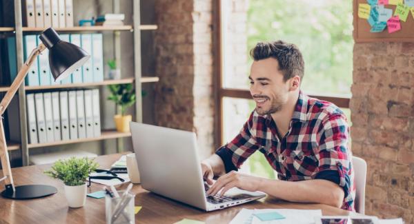 freelance - Agence de communication VS freelance