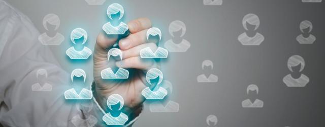 comment inclure le social media dans la relation client 640x252 - Blog Timeline Full Width