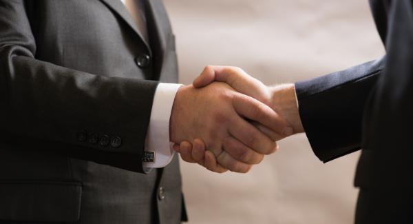diplomatie - Les 5 qualités d'un bon community manager