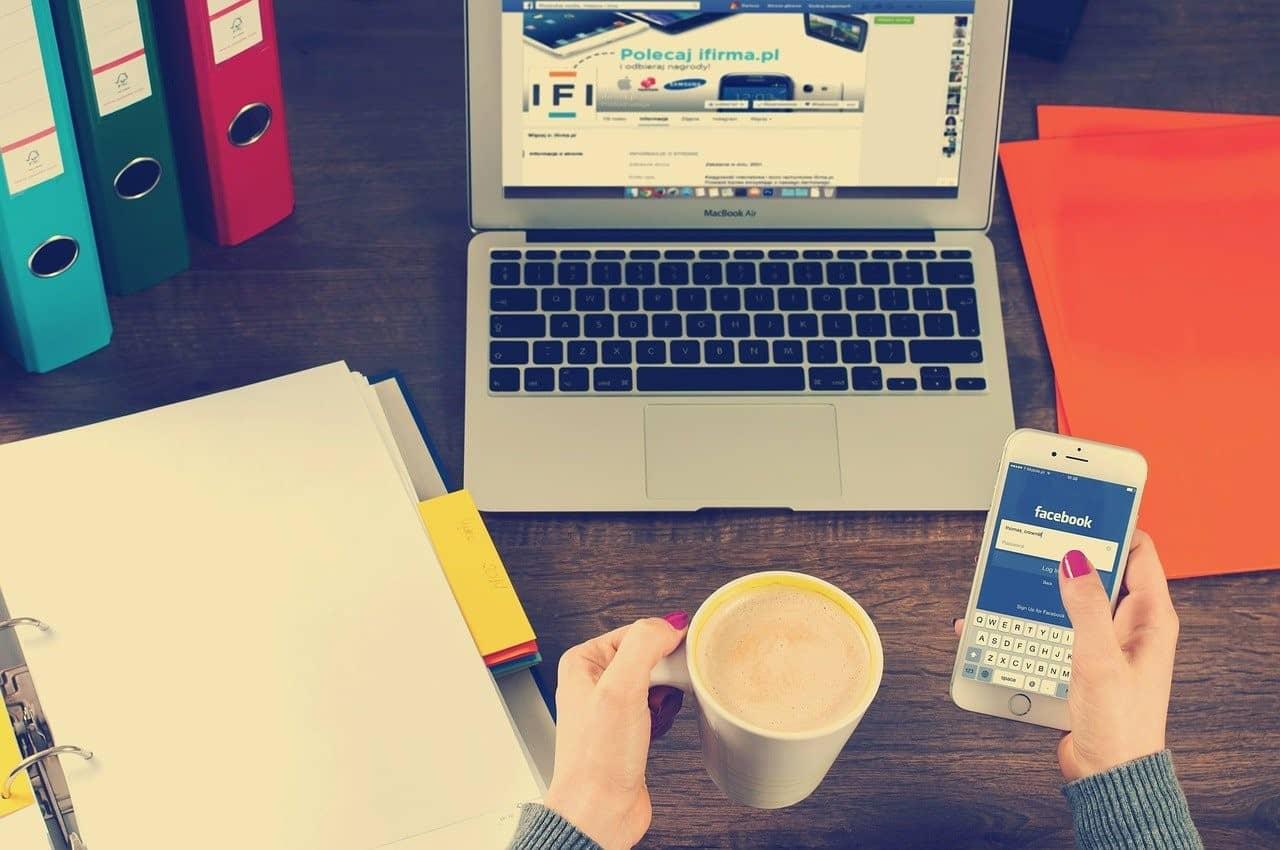 contacter une agence social media - Faire son site internet avec une agence web