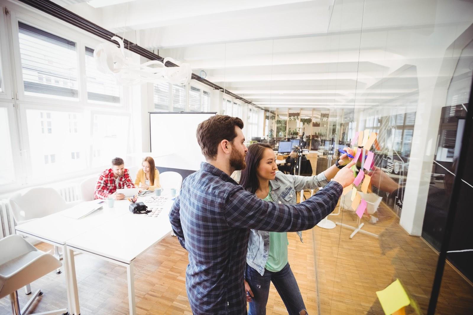 10 choses - 10 choses que vous devez savoir sur une agence community manager avant un choix optimal
